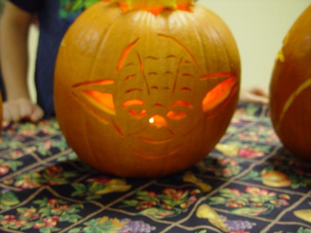 Pumpkin carving 07 at celebration night